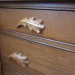 Acorn Dresser Leaf